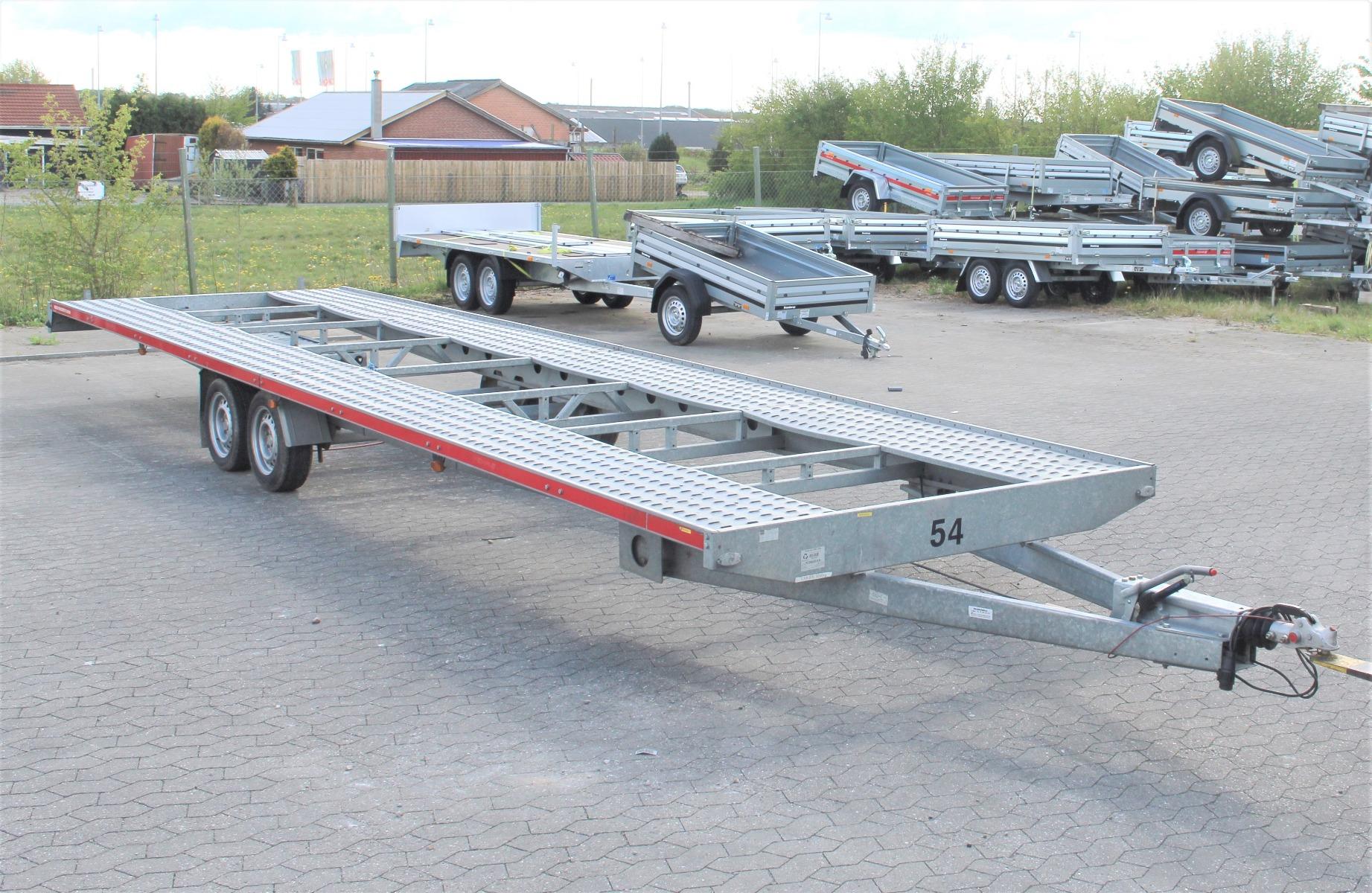 TEMARED 2-bils autotrailer udlejning